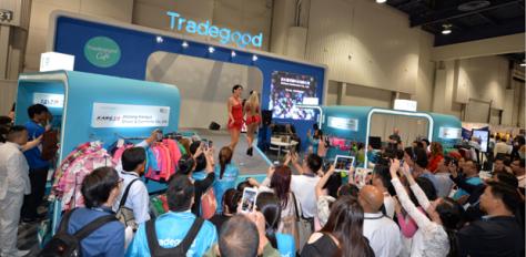 Las vegas Trade Show Models